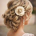 Coafură de mireasă pentru părul cu lungime medie 4