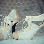 Pantofi-mireasa-cu-siret