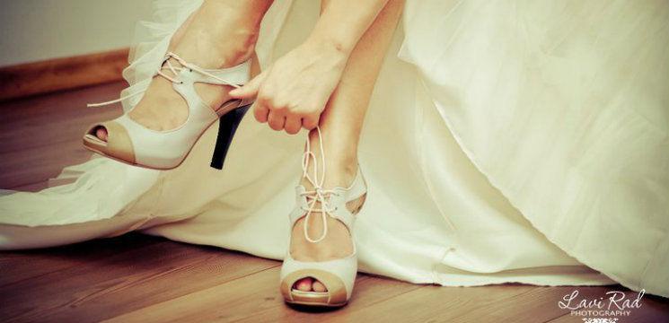 Vedetele Au Renunţat La Pantofii De Mireasă Albi Ce Se Poartă Anul