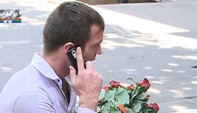 Ghinion pentru un tânăr din Moldova: Mireasa l-a lăsat de izbeliște în fața jurnaliștilor!