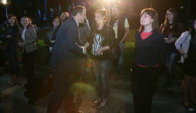 Primul sărut în public al cuplului Vlad Filat și Angela Gonța!