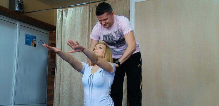 Foto: Exerciții pentru însărcinate! Cornelia Ștefăneț le face alături de Marcel