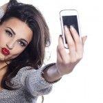 Foto: Postezi des poze pe internet? Medicii te avertizează că suferi de o boală