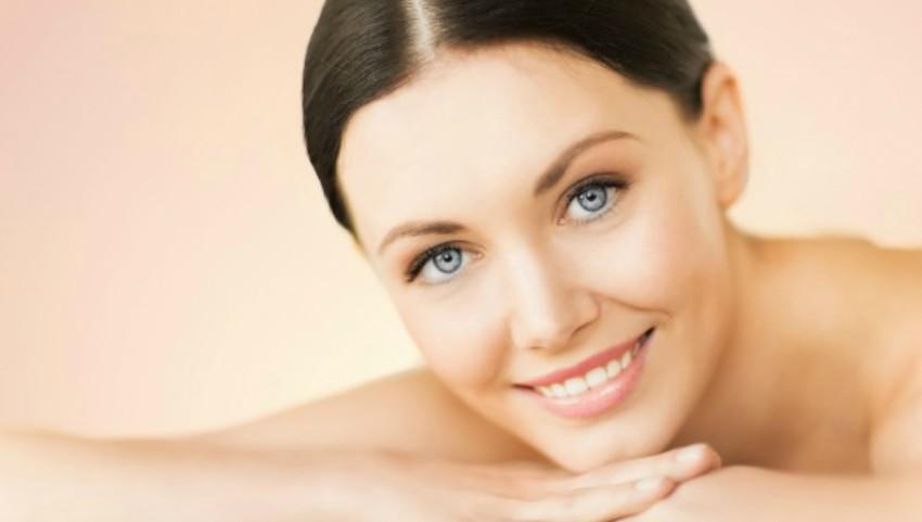 Foto: Alimente care îți fac pielea frumoasă, dacă ai tenul sensibil