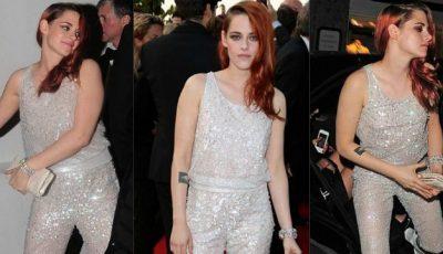 Gafă vestimentară la Cannes. Iată cu ce a asortat Kristen Stewart salopeta tip prințesă!