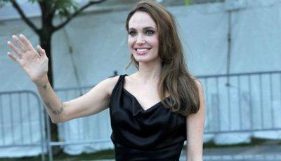 Angelina Jolie a ajuns la 40 de kilograme!