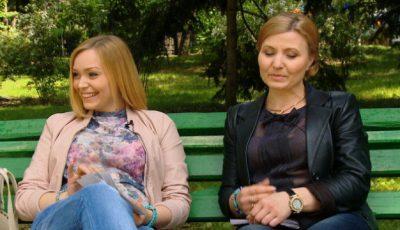 Cornelia Ștefăneț și mama descusute de secrete