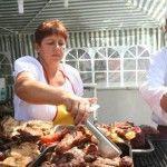 Foto: Carnea la grătar favorizează apariţia celulitei! Iată cum se prepară sănătos