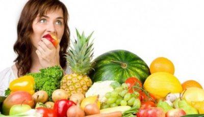 5 fructe care te ajută să slăbeşti