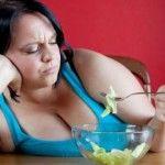 Foto: 5 moduri în care salatele te îngraşă
