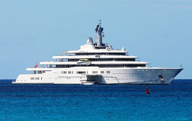 EXCLU Roman Abramovich and Dasha in St Barth