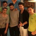Foto: Smiley îi ghidează pe băieții din Akord!