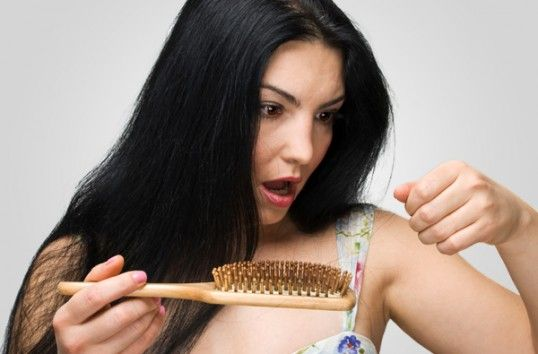 Cum-stopăm-căderea-părului-538x354