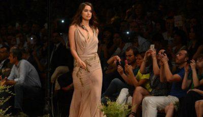 Gafă de proporții! Iubita lui Ronaldo cu rochia ruptă pe podium!