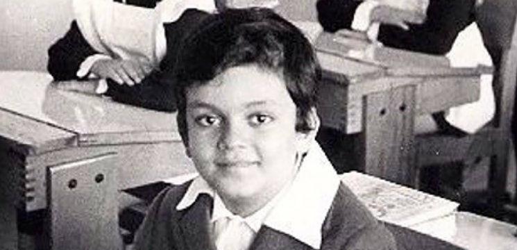 Foto: Ghici cine e starul din imagine? Acum 30 de ani a terminat liceul!