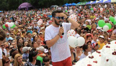 """Poze """"La Cireșe""""! 20 de mii de oameni s-au distrat în aer liber!"""