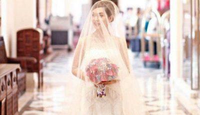 Invitații au spus că arată minunat în rochie de mireasă până au văzut în ce este încălțată!