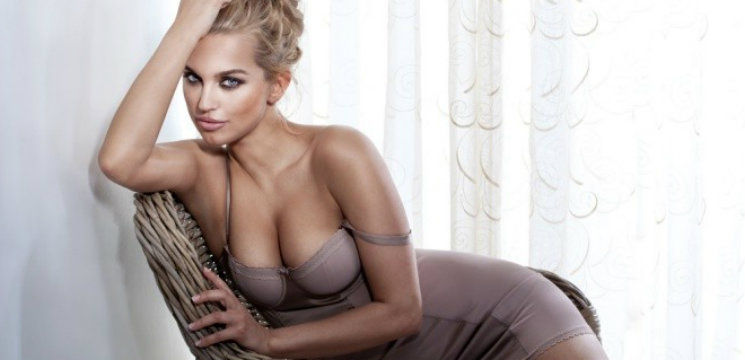 Foto: Ai sânii prea mari? Iată ce trebuie să porți!