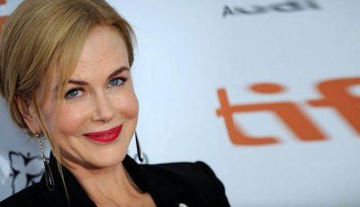Machiajul nu-i mai ascunde ridurile actriţei Nicole Kidman!