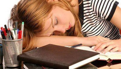 Soluţii naturale pentru calmarea stresului la examene