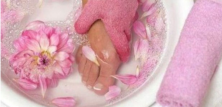 Foto: Ai picioare umflate? Iată 5 remedii naturiste