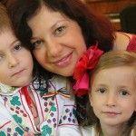 """Foto: Antonița Fonari: """"Oricât de mult nu i-ai oferi unui copil adoptat, el va ţine minte că odată a fost abandonat."""""""