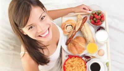 Gustări dietetice: 4 idei sănătoase pentru micul dejun