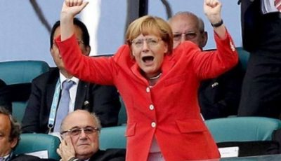 Angela Merkel, fan numărul 1al echipei Germaniei. Vezi cum s-a bucurat din tribune!