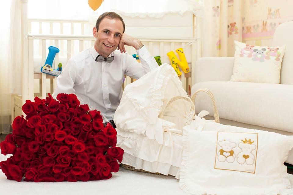 La o lună, Lucian Paladi trăiește regește! Ce cameră i-au pregătit părinții.