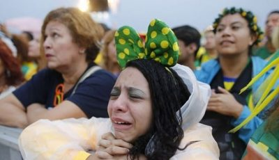 Galerie Foto: Reacția suporterilor brazilieni după înfrângerea Braziliei!