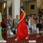 Foto: Moldovencele de rând au purtat ţinute glam la o prezentare de modă!