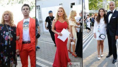 """Ținutele vedetelor de la """"Novaia Volna"""" 2014! De la patriotism la transparență."""