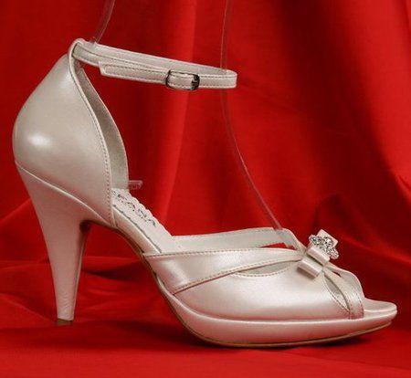 Sandale de nunta cu toc mediu 3