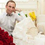 Foto: La o lună, Lucian Paladi trăiește regește! Ce cameră i-au pregătit părinții.