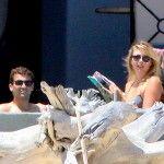 Foto: Maria Sharapova cu iubitul la mare! Vezi cine este fericitul!