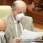 Foto: Deputați cu măști la ședința parlamentară!
