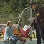 """Foto: Timp de patru minute un """"pedofil"""" a răpit nouă copii"""