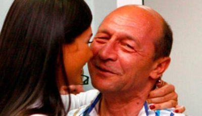 Sarcina Elenei Băsescu, în pericol! Iată la ce riscuri se expune fiica președintelui