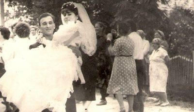 S-a măritat de 2 ori… cu același mire!