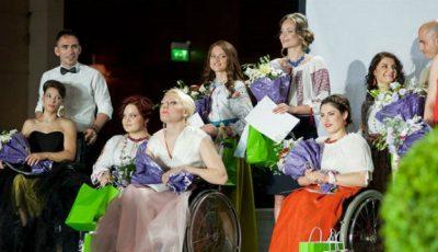 Frumusețea de la DARE Social Fashion Show a făcut publicul să plângă!