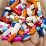 Foto: Reguli pe care să nu le încalci niciodată când iei medicamente
