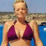 Foto: Larisa Dolina nu se rușinează de formele sale! Cât de bine arată în costum de baie