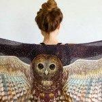 Foto: Eșarfele cu aripi vor fi în vogă în această toamnă!