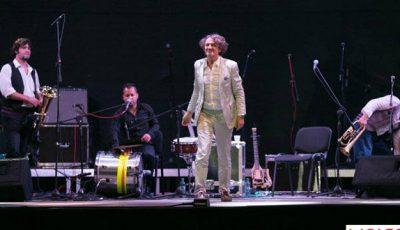 Om în om la concertul susținut de Goran Bregovic!