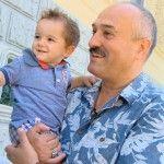 Foto: Nepoțelul lui Gheorghe Țopa, răsfățat de Nestle!