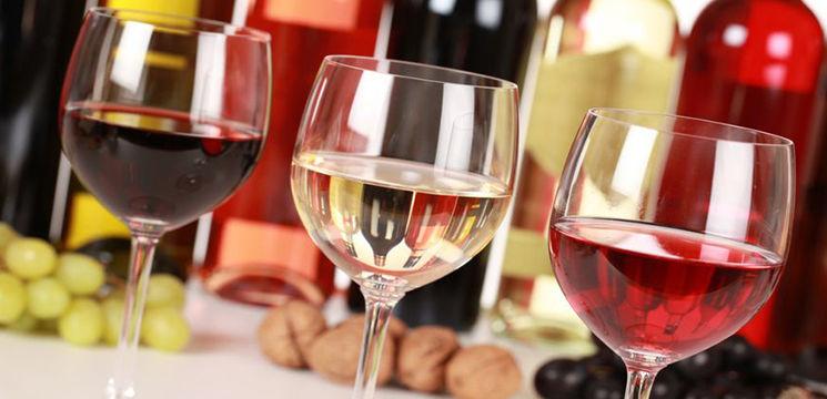 Foto: Vinul alb sau roşu? Care are cele mai multe beneficii pentru sănătate?