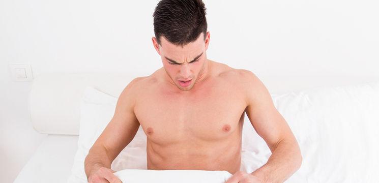 Foto: De ce au bărbaţii erecţie dimineaţa? Explicaţiile specialiştilor