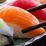 Foto: O porţie de sushi l-a bagat în spital. Medicii s-au speriat când au văzut radiografia