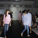 Foto: Cămăși neordinare, rochii scurte și pantaloni largi! Trei branduri autohtone și-au prezentat colecțiile!