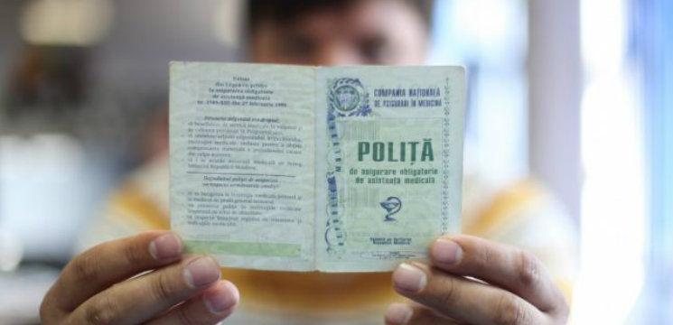 Foto: Peste 1.300 de moldoveni daţi în judecată pentru că nu au avut poliţe medicale obligatorii